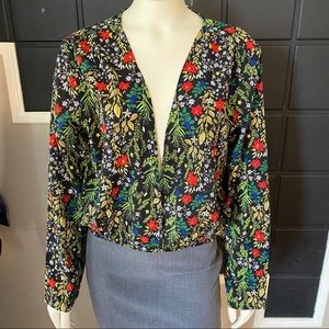 ⭐️3 for $25⭐️ Boohoo Floral Long Sleeves Blouse